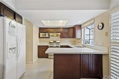 Arcadia Condo/Townhouse For Sale: 407 S 3rd Avenue #C