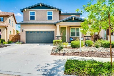 Murrieta Single Family Home For Sale: 31967 Straw Lily Drive