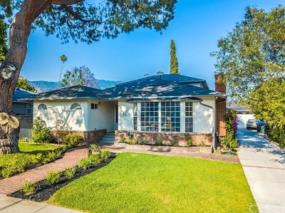 Monrovia Single Family Home For Sale: 162 Acacia Avenue