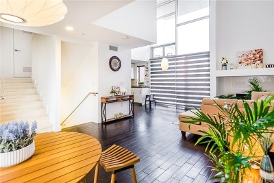 Pasadena Condo/Townhouse For Sale: 153 S Hudson Avenue #405