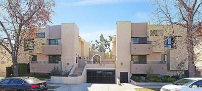 Sherman Oaks Condo/Townhouse For Sale: 14634 Magnolia Boulevard #4