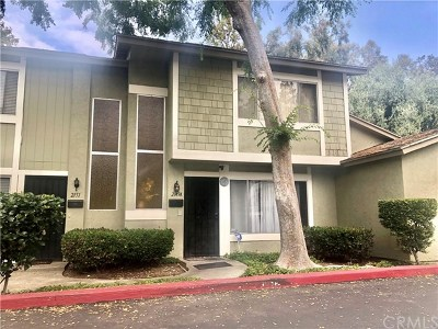 West Covina Condo/Townhouse For Sale: 2149 E Aroma Drive #A
