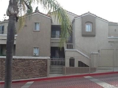 Corona Condo/Townhouse For Sale: 1020 Vista Del Cerro Drive #308
