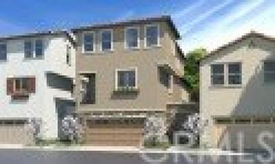 Baldwin Park Condo/Townhouse For Sale: 1001 Alpine Circle