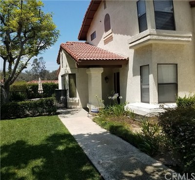Pomona Condo/Townhouse For Sale: 1639 Via Estrella