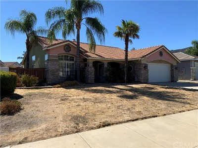 Wildomar Single Family Home For Sale: 32860 Trailwood Court