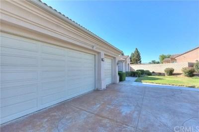 Corona Single Family Home For Sale: 960 Oliviamae Circle
