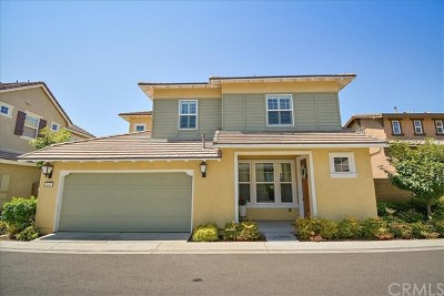 Irvine Condo/Townhouse For Sale: 167 Violet Bloom