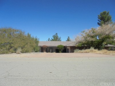 Llano CA Single Family Home For Auction: $374,245
