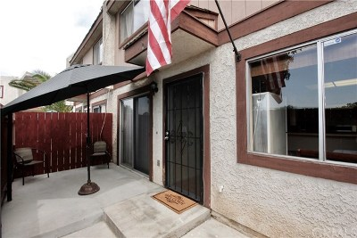 Whittier Condo/Townhouse For Sale: 13840 Leffingwell Road #C