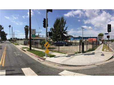 Los Angeles Multi Family Home For Sale: 447 E 108th Street