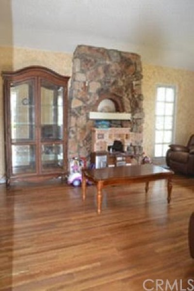 Los Angeles Single Family Home For Sale: 11423 Menlo Avenue