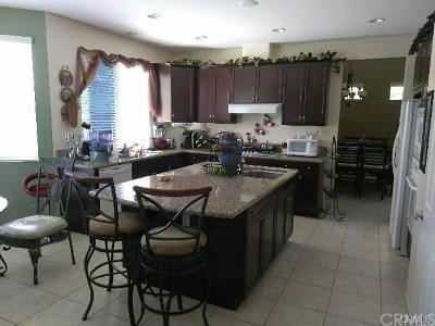 Wildomar Single Family Home For Sale: 35865 Nonnie Drive