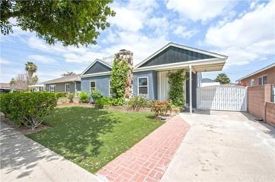 Lakewood Single Family Home For Sale: 6160 Hazelbrook Avenue