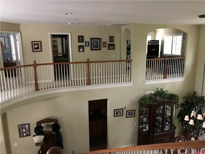 Glendora Single Family Home For Sale: 2220 Saratoga Lane