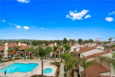 Rancho Palos Verdes Condo/Townhouse For Sale: 1835 Caddington Drive #63