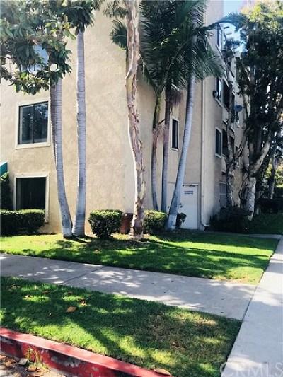 Long Beach Condo/Townhouse For Sale: 2343 E 17th Street #115