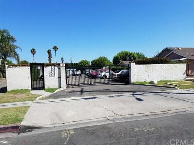 Anaheim Multi Family Home For Sale: 1635 E Sycamore Street