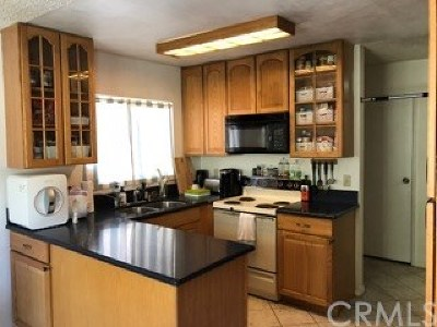 San Diego Condo/Townhouse For Sale: 5472 Adobe Falls Road #10