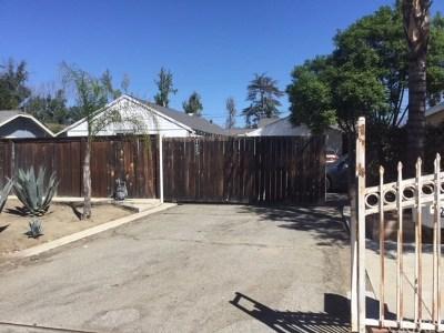 Pomona Multi Family Home For Sale: 725 E Columbia Avenue