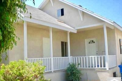 Los Angeles Multi Family Home For Sale: 725 E 51st Street E