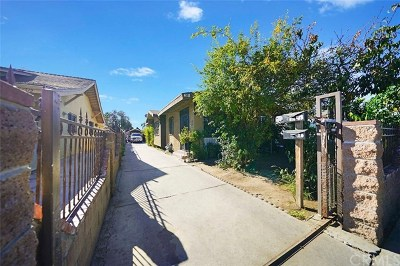 Los Angeles Single Family Home For Sale: 418 E 68th Street