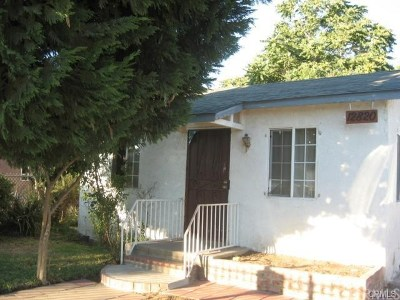 Compton Single Family Home For Sale: 12820 S Harris Avenue