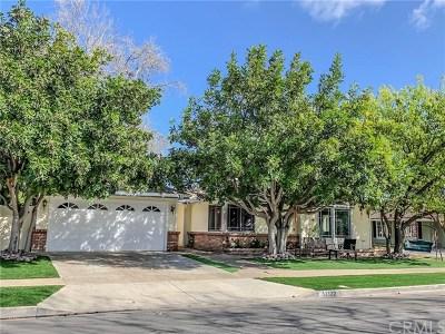 Rossmoor Single Family Home For Sale: 12122 Oak Leaf Drive
