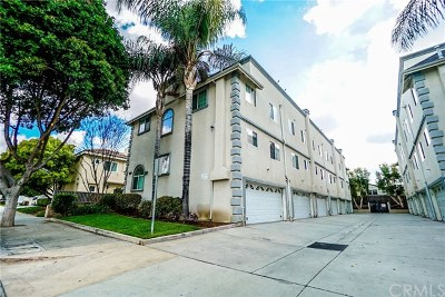 Whittier Condo/Townhouse For Sale: 11720 Valley View #1