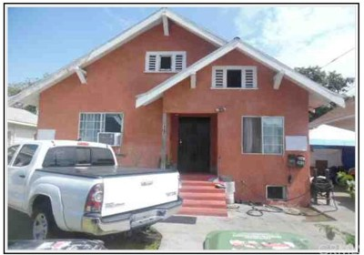 Los Angeles Multi Family Home Pending: 197 W 40th Place
