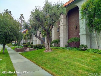 Pasadena Condo/Townhouse For Sale: 2450 E Del Mar Boulevard #34
