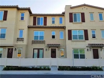 Anaheim Condo/Townhouse For Sale: 1691 E Lincoln Avenue