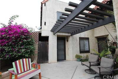 Los Angeles Multi Family Home For Sale: 8616 Hickory Street