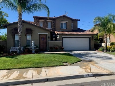 Perris Single Family Home For Sale: 117 Headlands Way