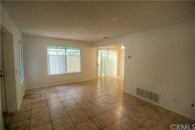 Redlands Condo/Townhouse For Sale: 823 E Lugonia Avenue