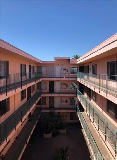 Long Beach Condo/Townhouse For Sale: 335 Cedar Avenue #415