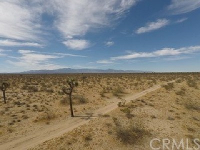 Adelanto Residential Lots & Land For Sale: Middleton And Holly