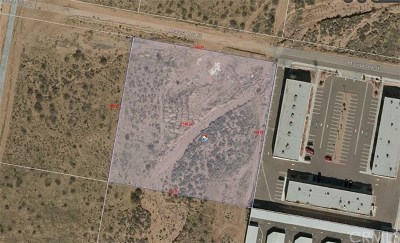 Hesperia Residential Lots & Land For Sale: 17455 Mauna Loa Street