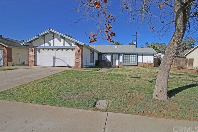 Moreno Valley Single Family Home Active Under Contract: 24372 Dunlavy Court