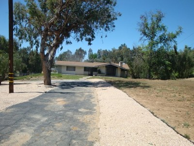 Redlands Single Family Home For Sale: 12834 Highview Drive
