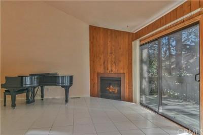 Lake Arrowhead Condo/Townhouse For Sale: 27721 Peninsula Drive #204