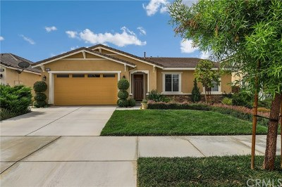 Menifee Single Family Home For Sale: 29625 Longshore Drive