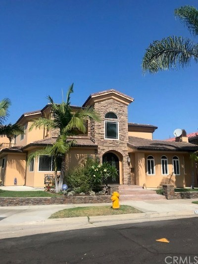 Orange County Single Family Home For Sale: 17187 Roundhill Drive