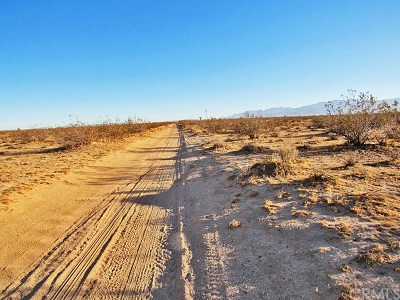 Adelanto Residential Lots & Land For Sale: Vinton Road