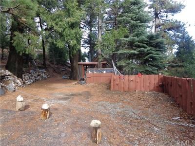 Cedarpines Park Single Family Home For Sale: 21820 Jobs Peak Road