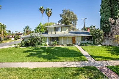 Redlands Single Family Home For Sale: 1213 W Clifton Avenue
