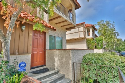 Reseda Condo/Townhouse For Sale: 19545 Sherman Way #33
