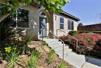 Yucaipa Condo/Townhouse For Sale: 34085 Lily Road