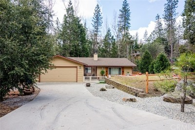 Oakhurst Single Family Home For Sale: 52950 Chapparal Drive