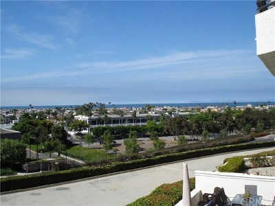 Newport Beach Condo/Townhouse For Sale: 280 Cagney Lane #211
